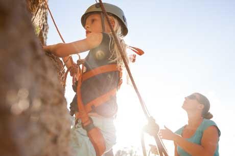 Motivation Kind beim Klettern